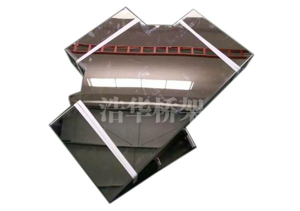 不锈钢镜面板桥架